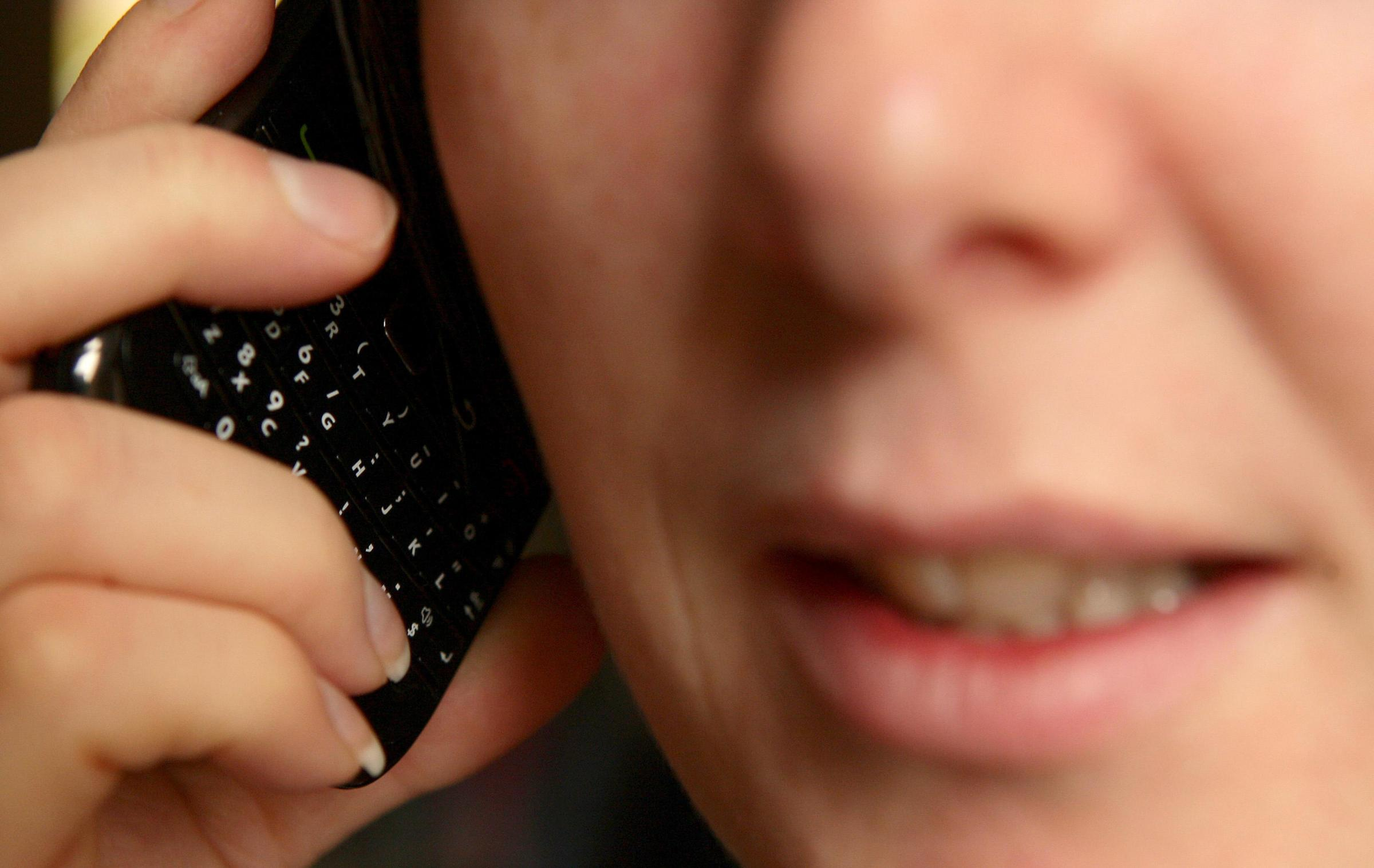 One in five calls to Wiltshire Police 101 number abandoned