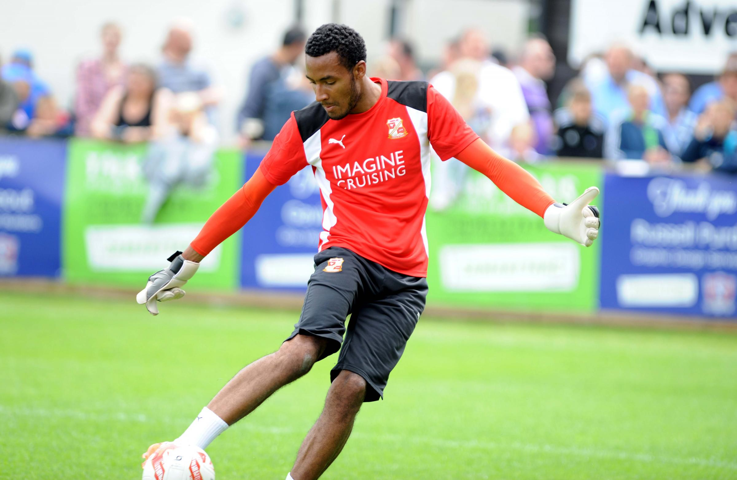 Three join as Vigouroux stays on deadline day