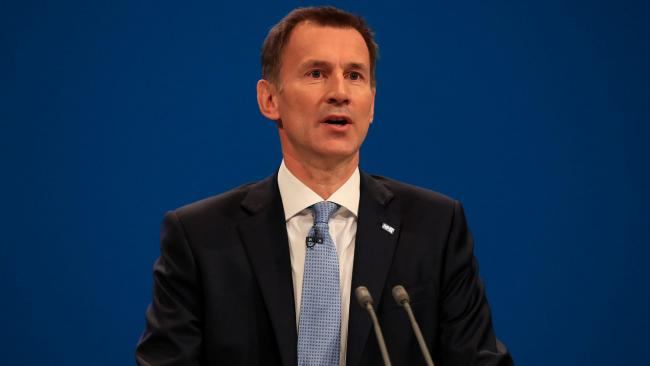 Jeremy Hunt to boost nurse training posts by 5,000