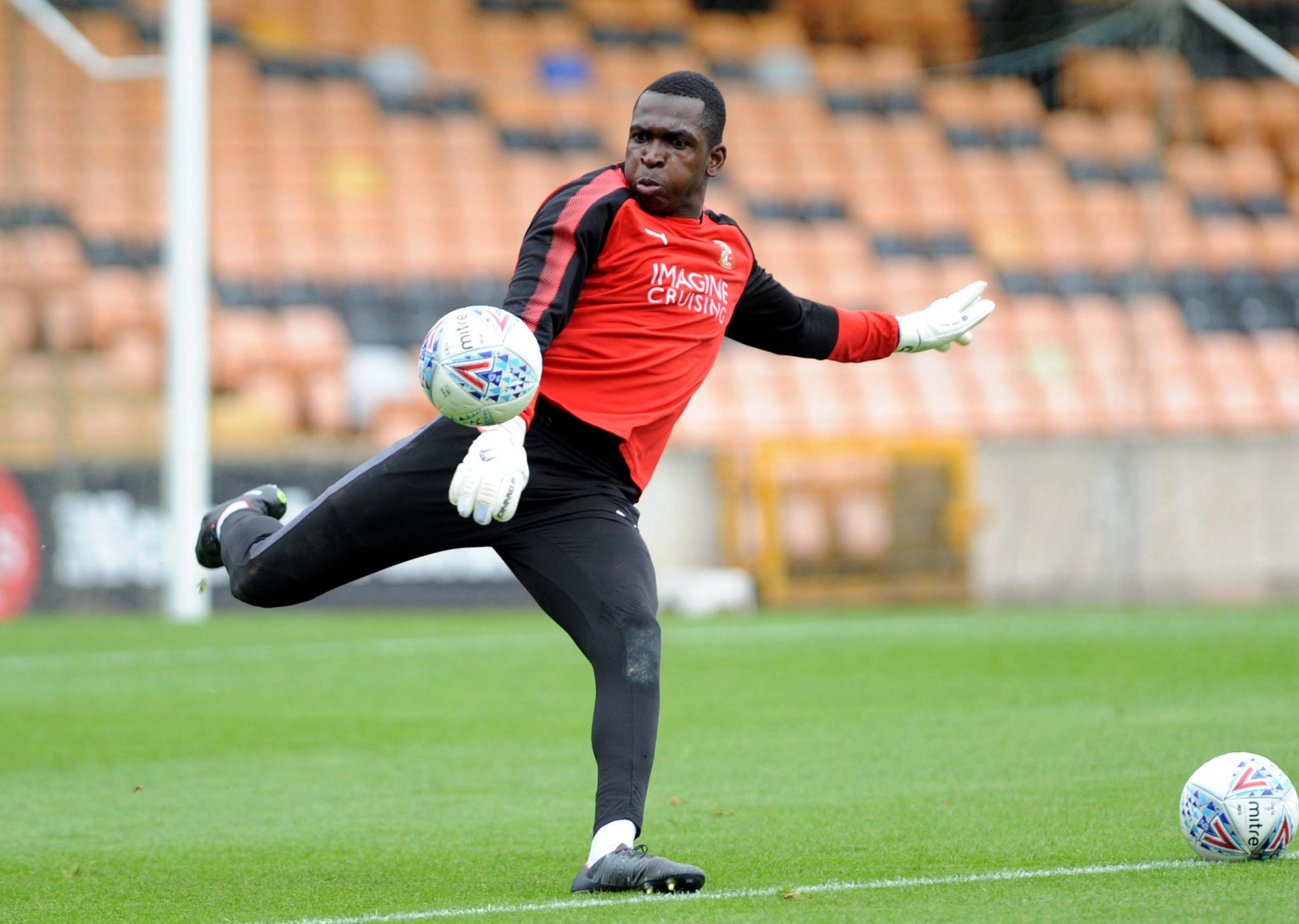 Former Town stopper Charles-Cook linked with Football League return
