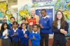 Alison Steadman with Drove Primary School pupils