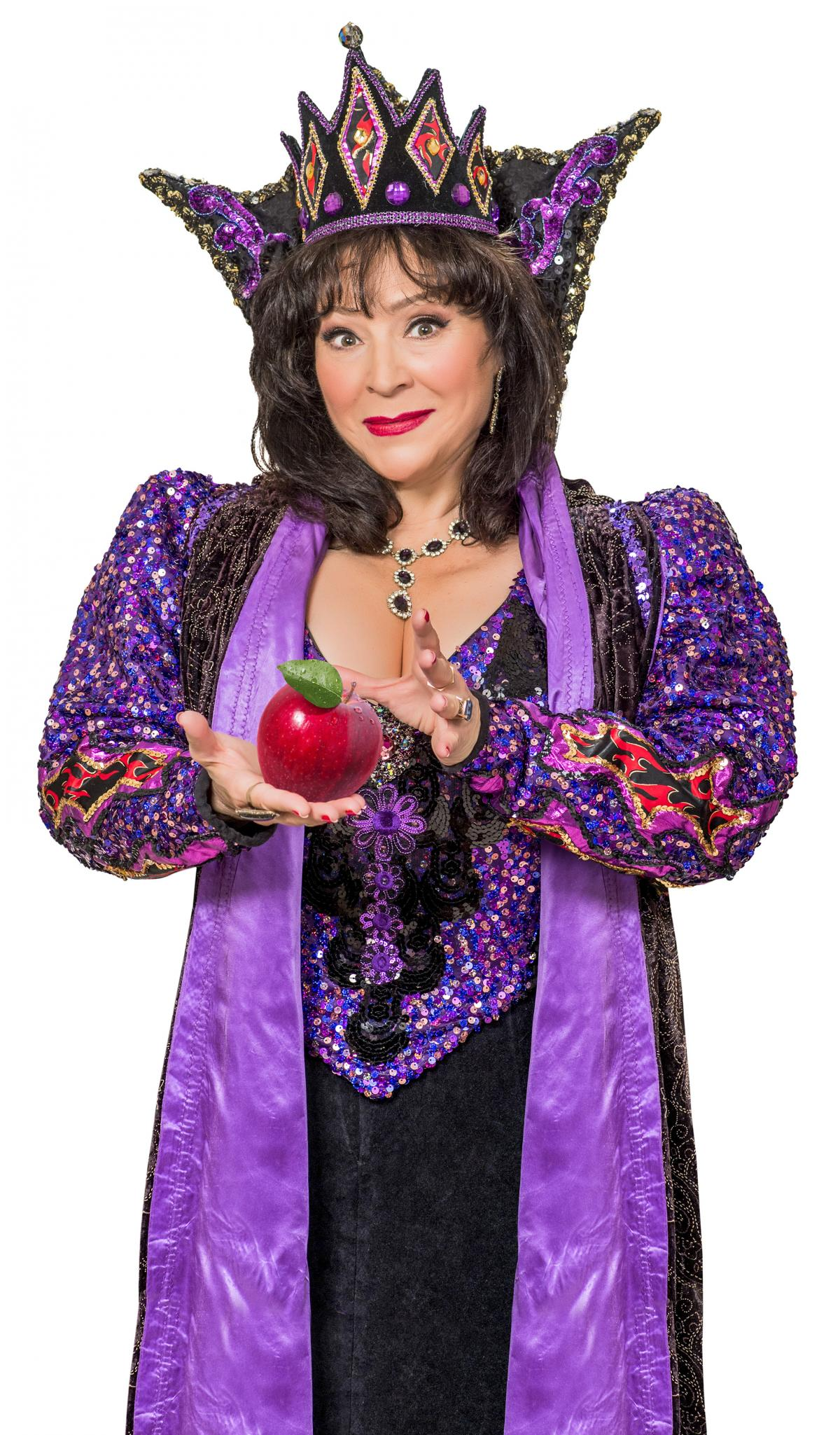 harriet thorpe is wicked queen in bath's theatre royal snow white