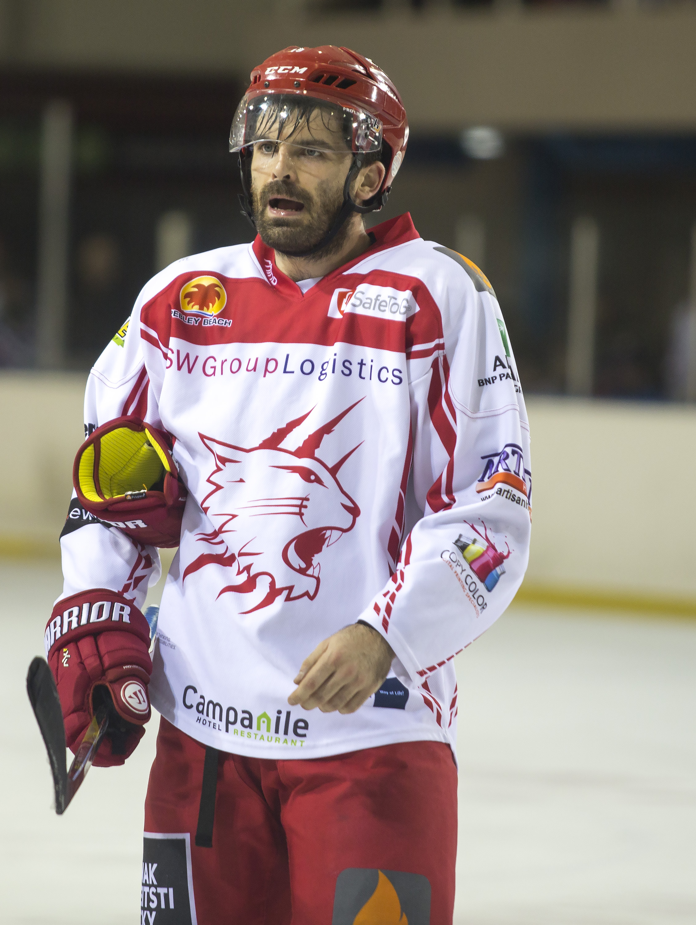 Player-coach Aaron Nell