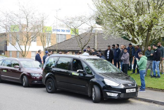 Striking V Cars Taxi Drivers Sacked By Swindon Firm Swindon Advertiser