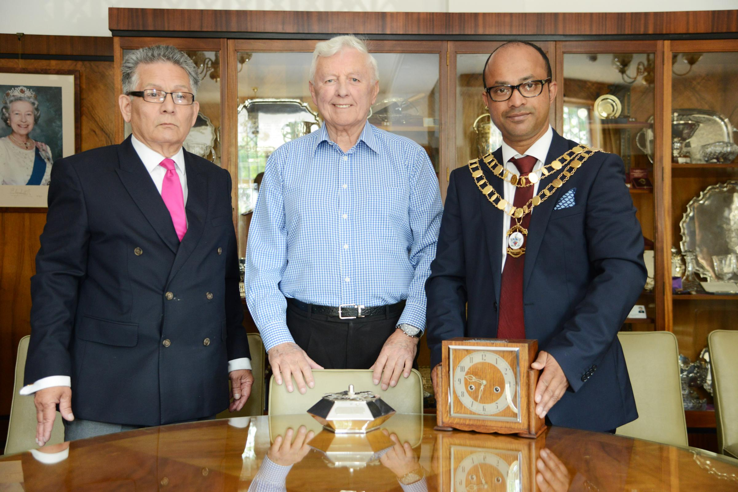 Derique Montaut clock presentation. Pictured Derique Montaut Peter Mallison and Mayor Junab Ali..21/05/18 Thomas Kelsey.