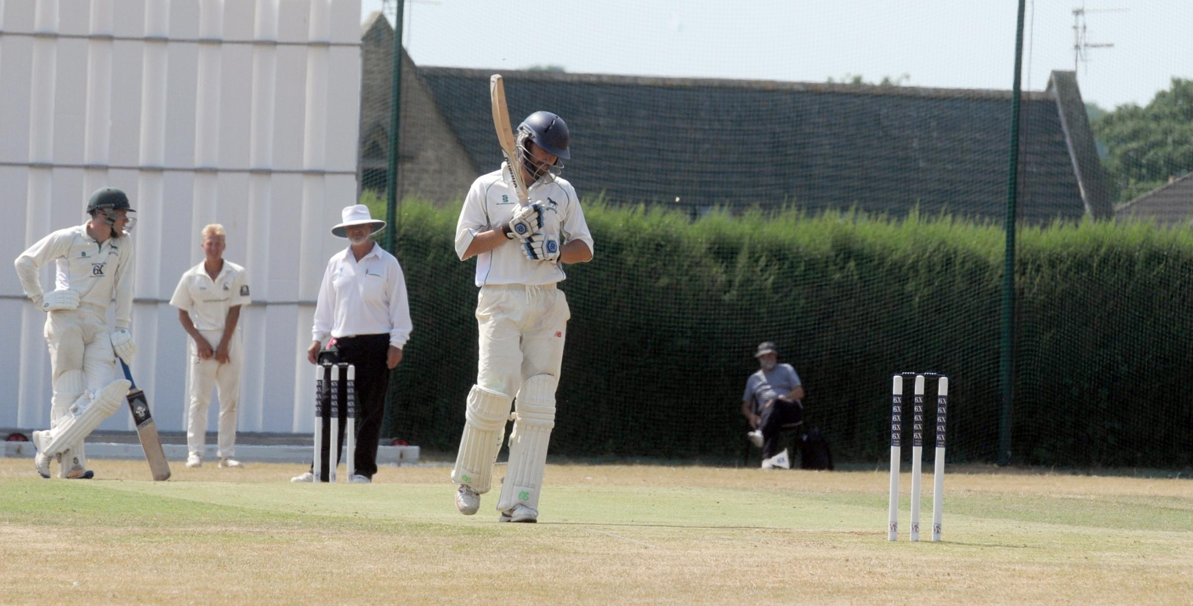Wiltshire skipper Ed Young on day two of their Unicorns Championship Western Division clash against Berkshire at Corsham. Photo: Siobhan Boyle SMB2467/11.