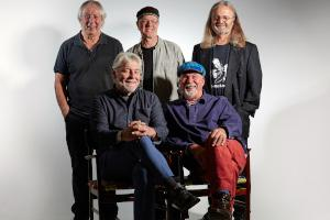 Fairport Convention's Simon Nicol talks to the Adver about this year's Cropredy Festival with Beach Boy Brian Wilson  Read more here...