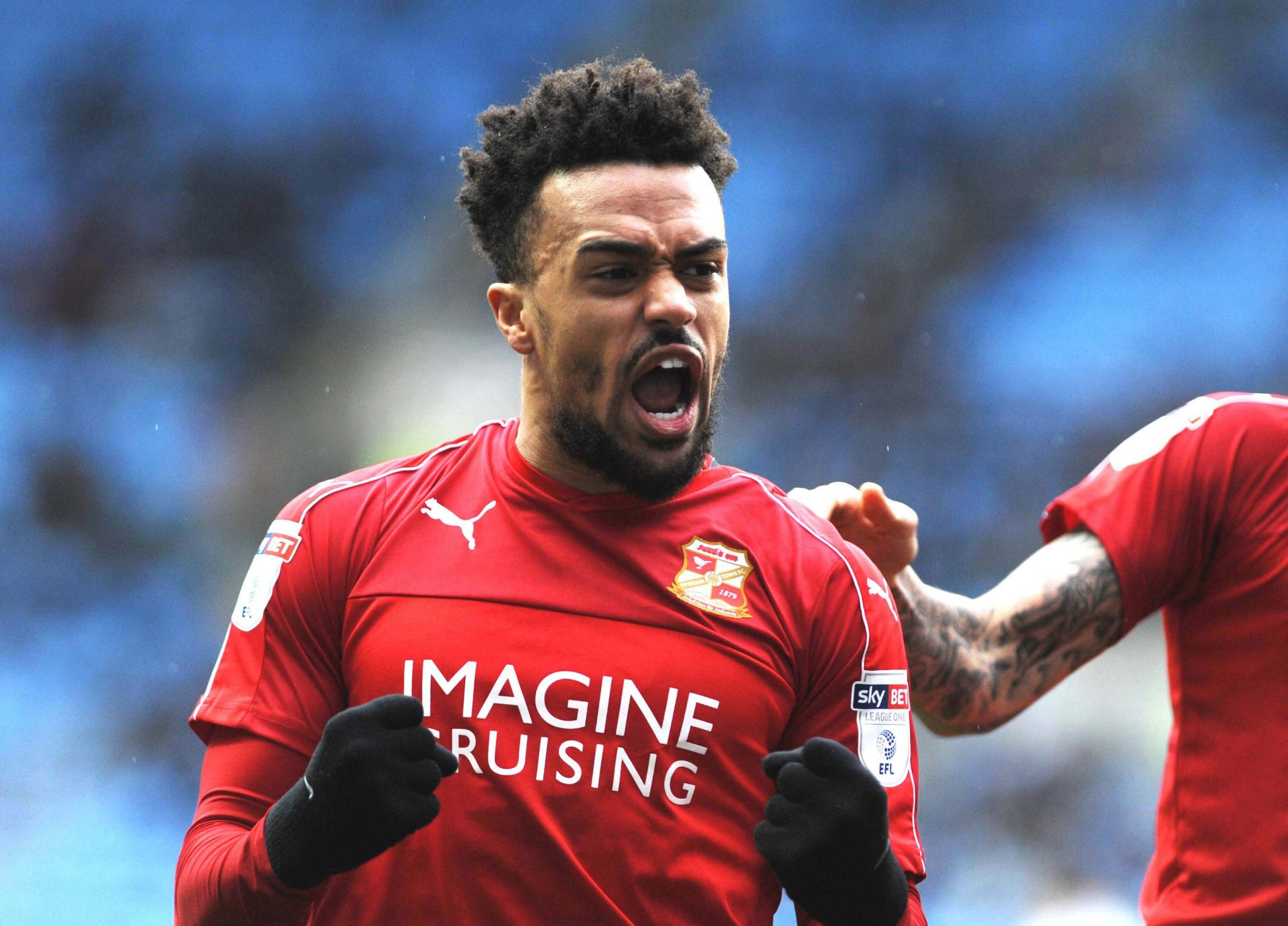 Former Town favourite Ajose snapped up by ex-Swindon boss Flitcroft at Mansfield