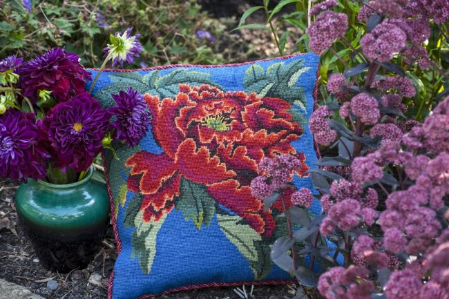 Kaffe Fassett with Candace Bahouth in A Celebration of Flowers