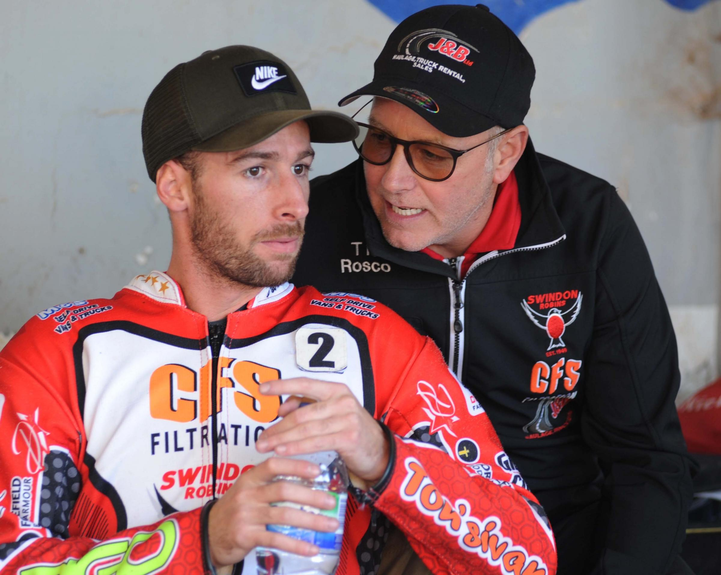 Swindon Robins v Belle Vue      Pic Dave Evans   16.8.18.Final instructions for David Bellego from Alun Rossiter..