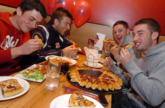 Town Players Grab A Pizza The Action At Restaurant Swindon