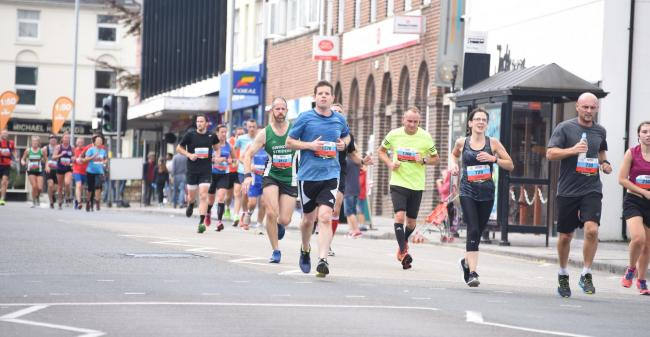 ©Calyx Picture Agency .Swindon Half Marathon.