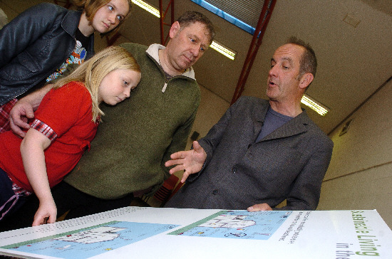 Kevin McCloud with Frances, Jocelyn and Neil Linsell