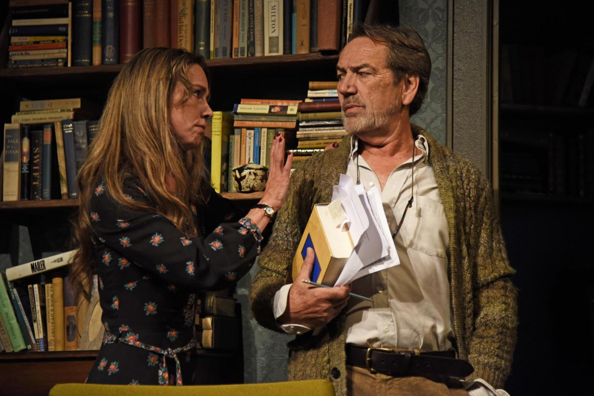 Review In Praise Of Love With Robert Lindsay And Tara Fitzgerald Images, Photos, Reviews