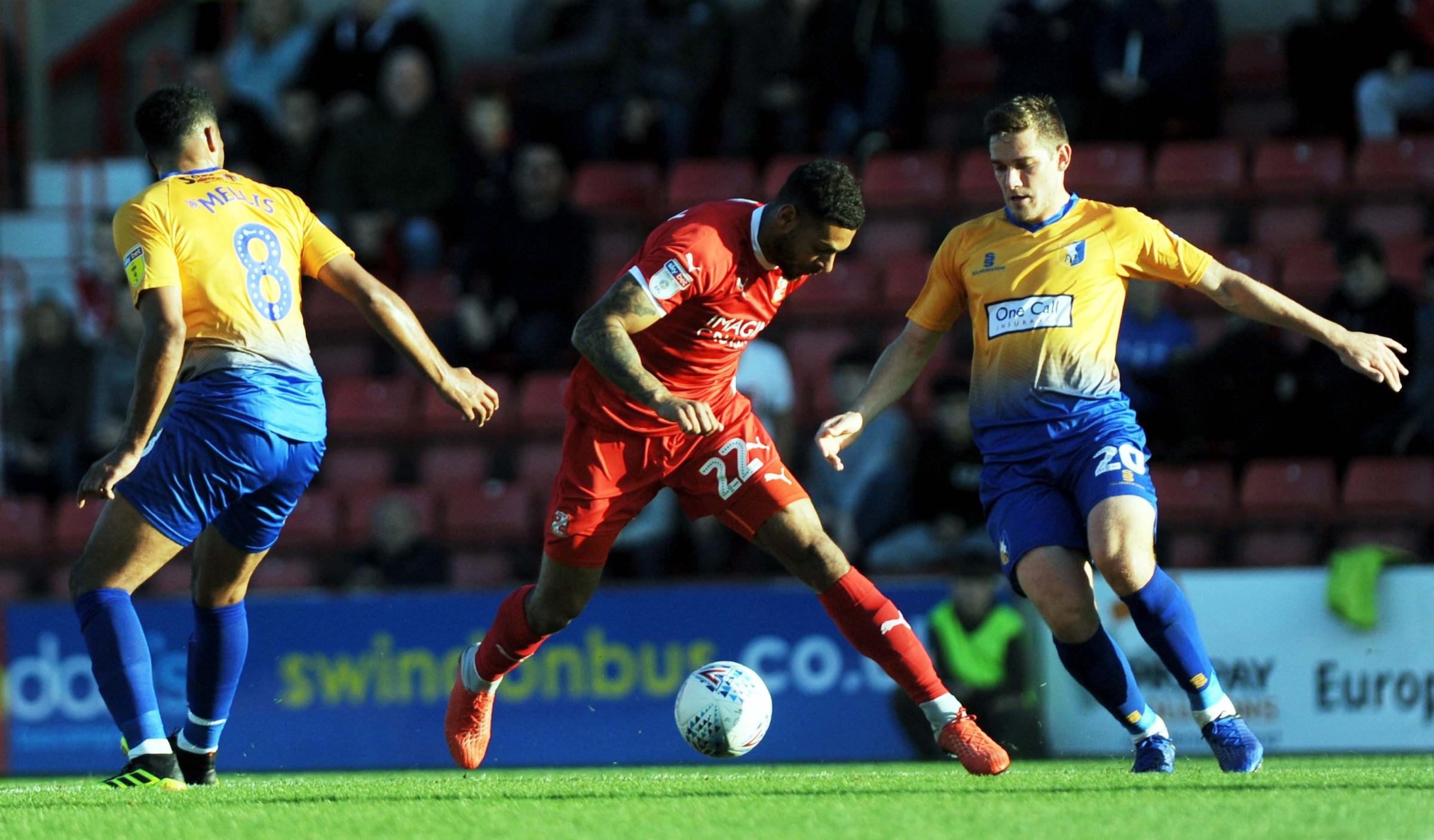 STFC v Mansfield         Pic Dave Evans      20.10.18.Kaiyne Woolery weaves his way through the Mansfield defence,.