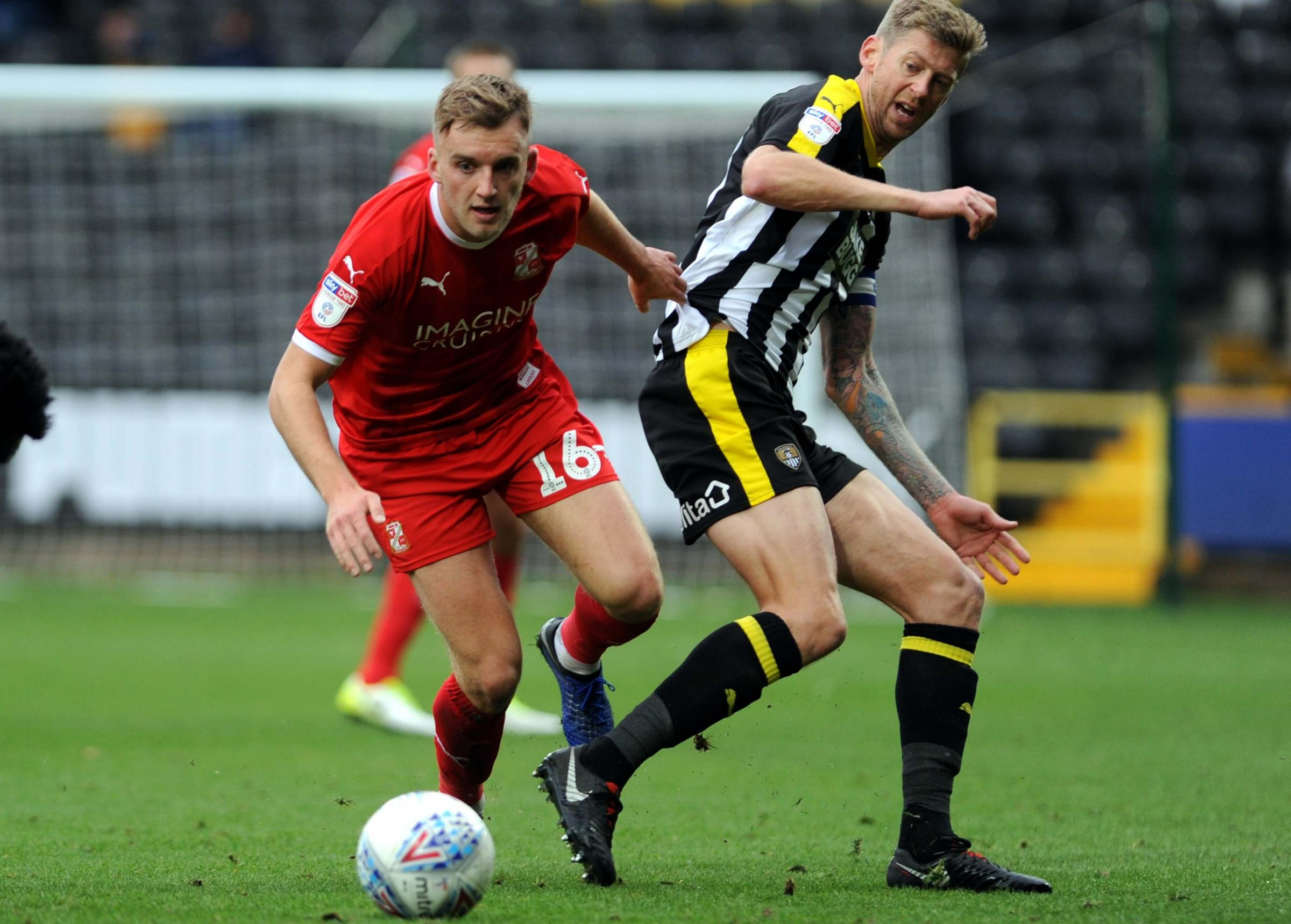 Notts County v STFC        Pic Dave Evans      27.10.18.Martin Smith has the beating of Jon Stead..