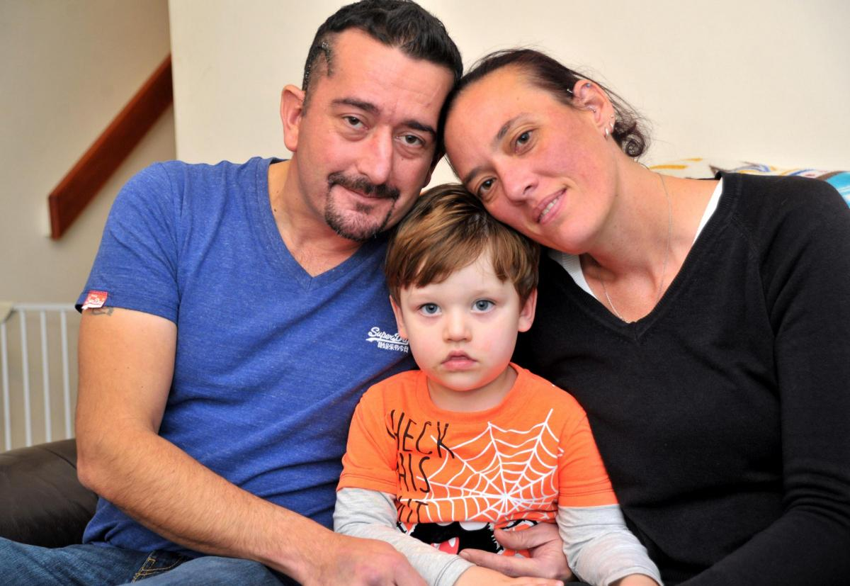 dad from freshbrook battling brain tumour gets backing from