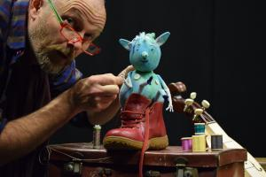 Join Swindon actor for adventure with the Elves Read more here