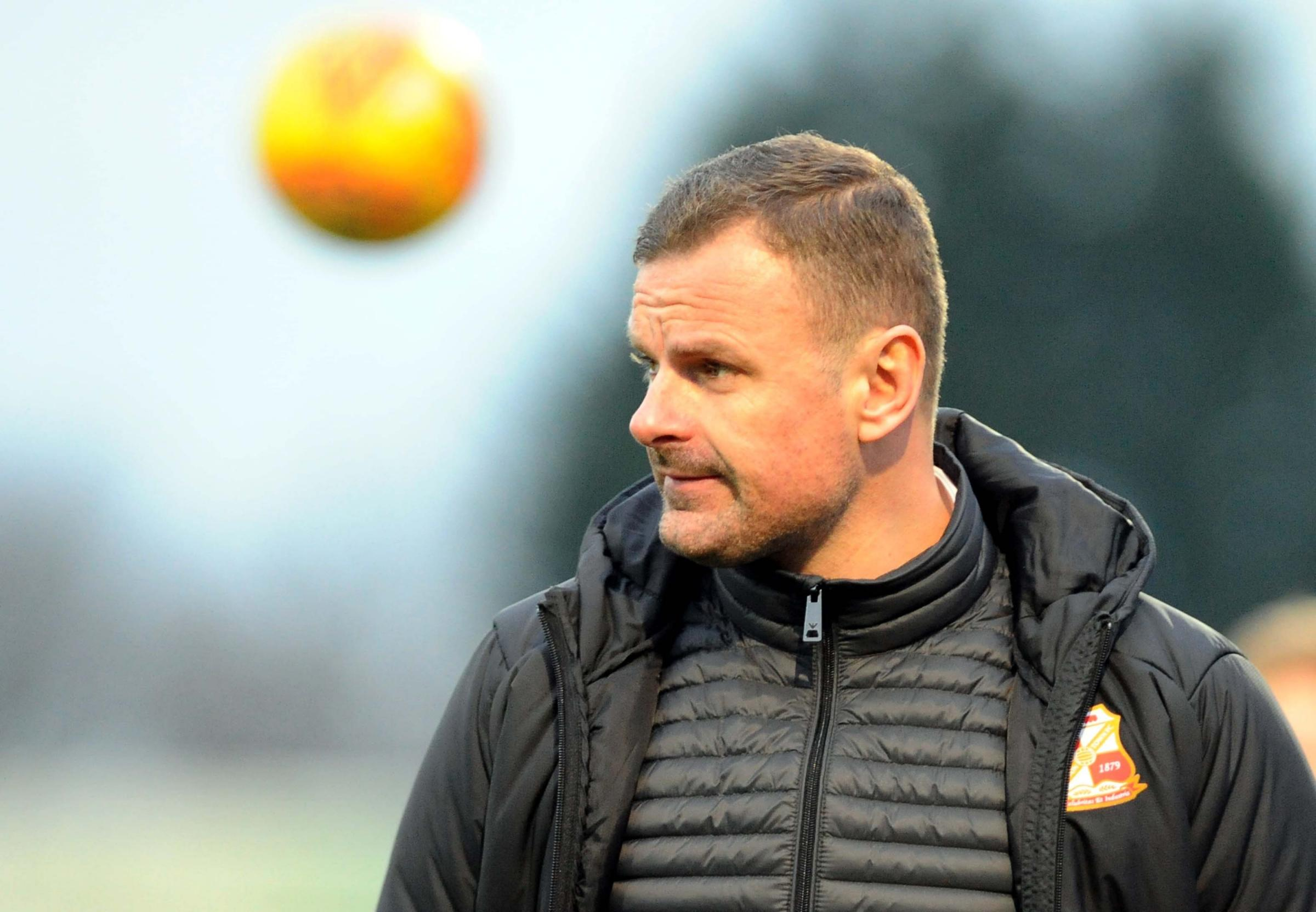 Richie Wellens granted his players time off after multiple players suffered from a virus following Macclesfield. 