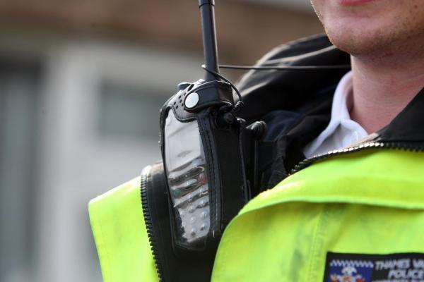 Volvo breakdown truck 'fence' wanted on Swindon warrant