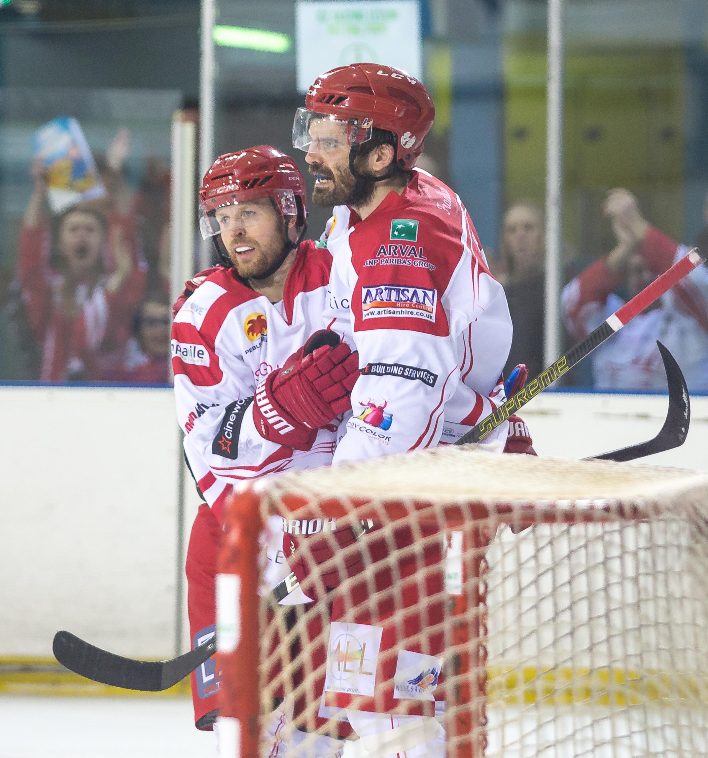 Swindon Wildcats Vs Peterborough, Aaron Nell and celes with jonas Hoog.