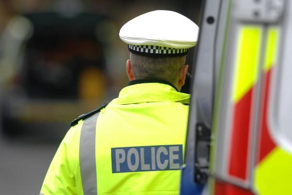 Range Rover seized and 4 arrested after dawn raids in Chippenham and Corsham