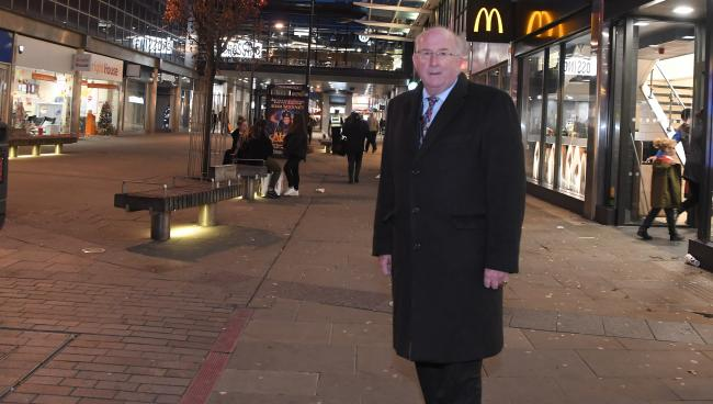 ©Calyx Picture Agency .Police and Crime Commissioner Angus Macpherson in Swindon Town Centre.