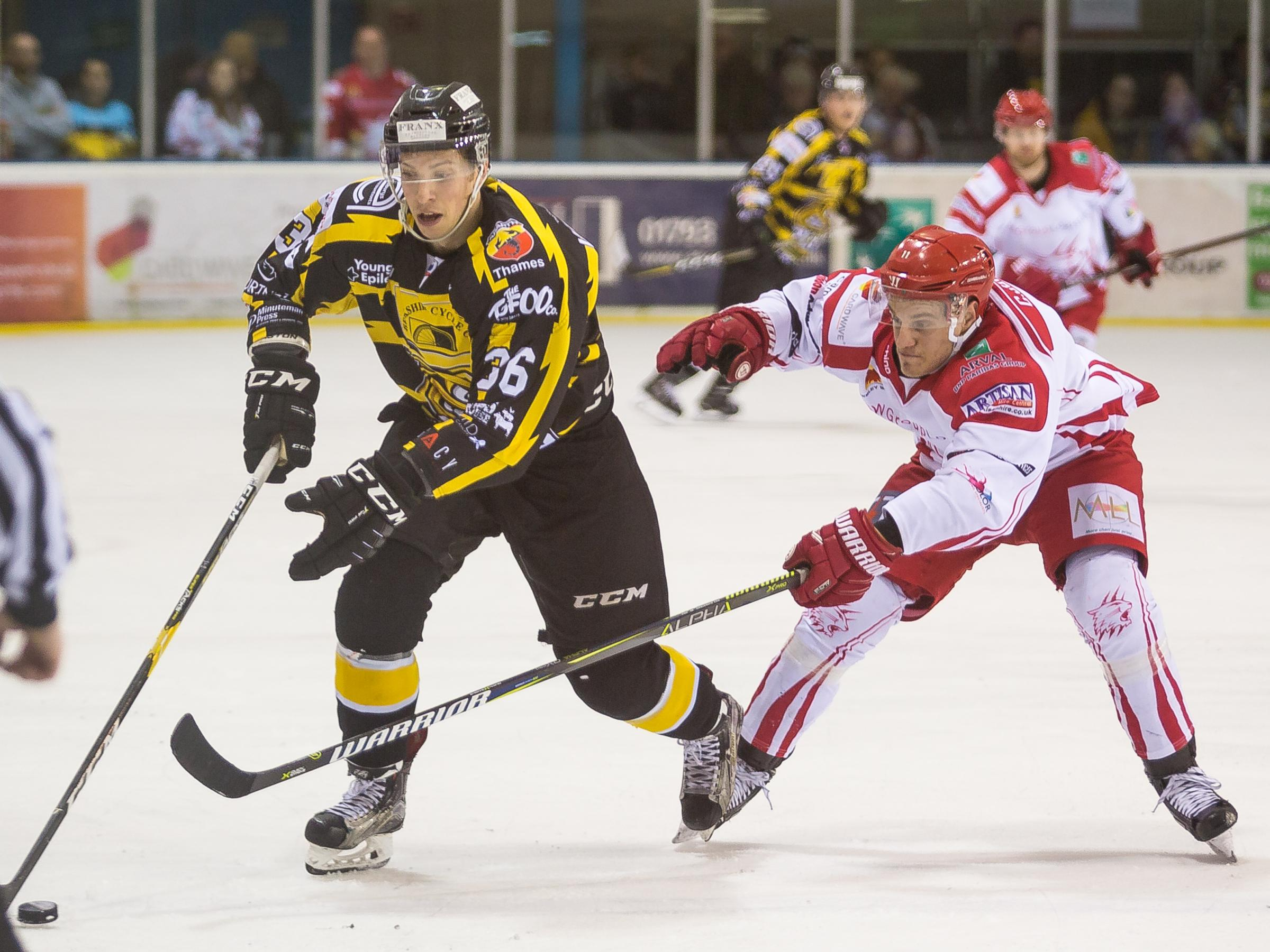 Swindon Wildcats Vs Bracknell Bees, Chris Jones in action, Picture Ryan Ainscow, 09.02.19