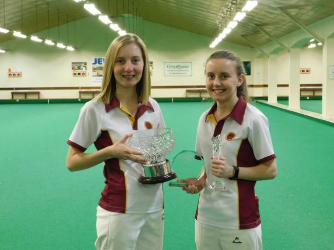 BOWLS: Smith sisters are off to Nottingham
