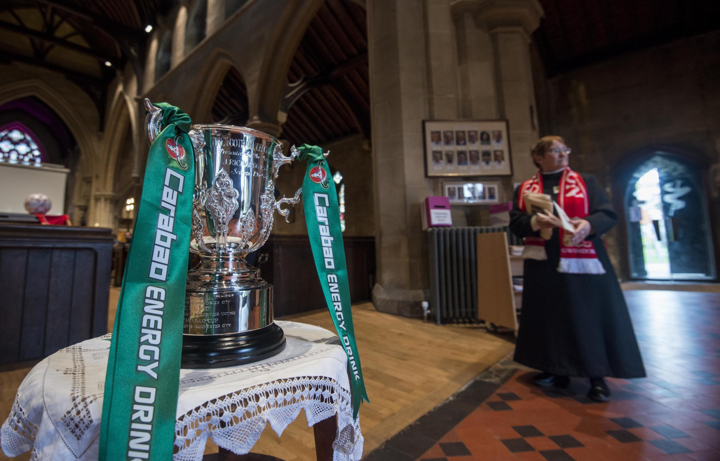Service for Swindon Town manager Danny Williams remembers league cup win in 1969