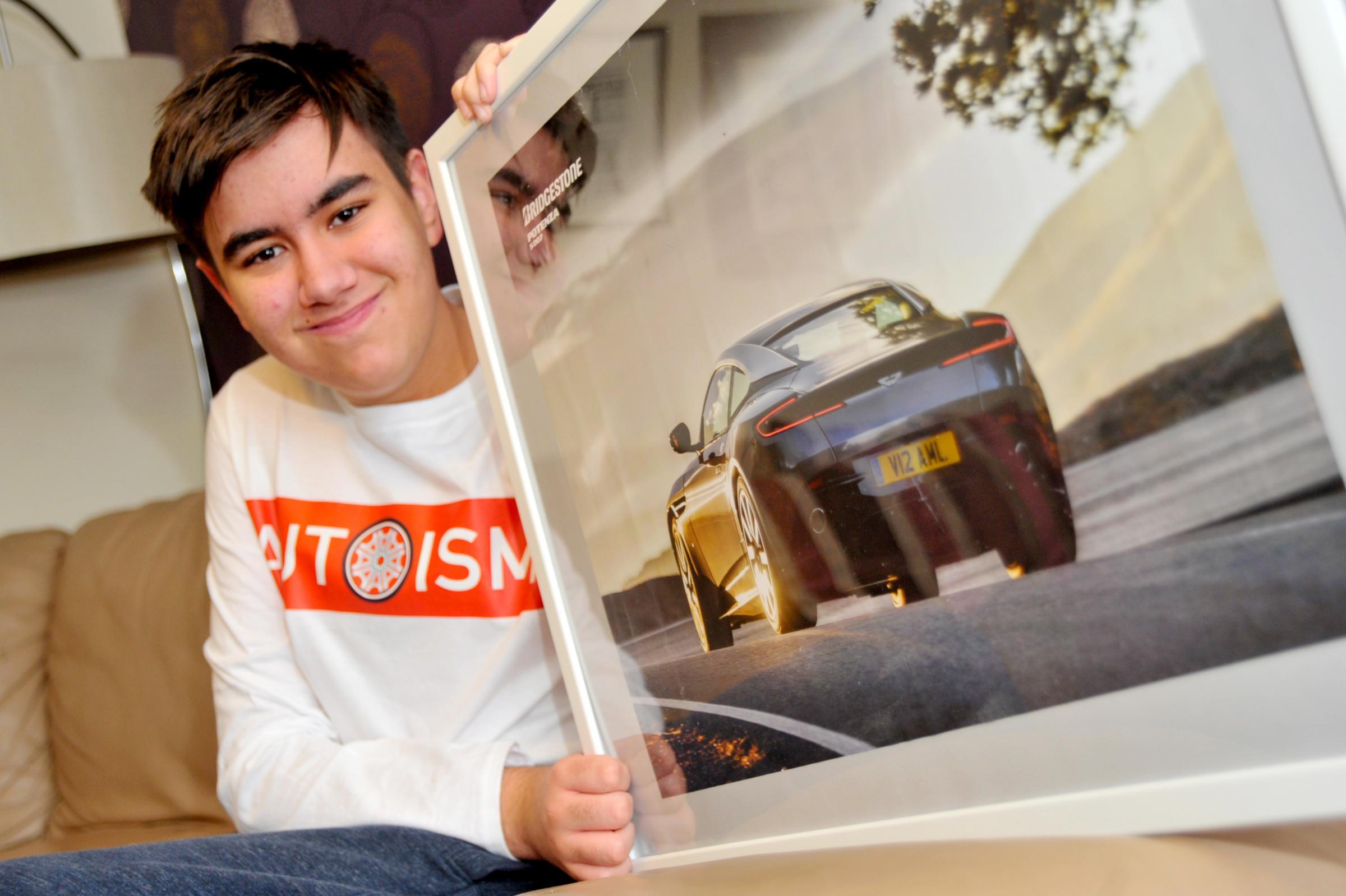 Schoolboy car fanatic Leon stages classic car meet up