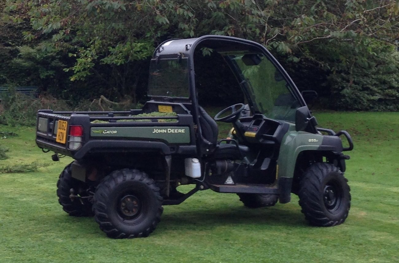 Swindon police appeal after £10,000 truck stolen from Wiltshire farm