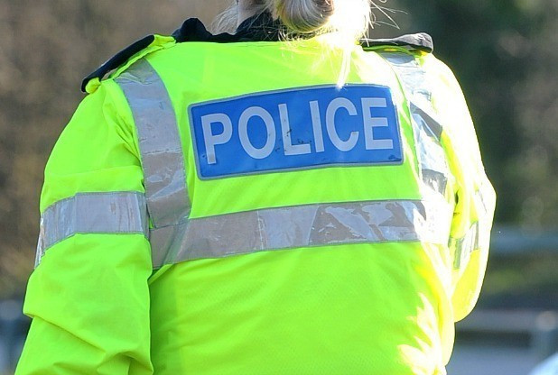 Driver races away from police between Malmesbury and Chippenham