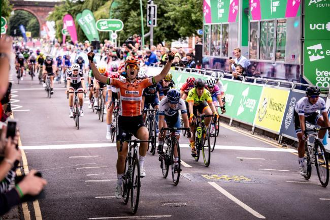 Amalie Didereikseb wins stage four of the 2018 Women's Tour in Worcester