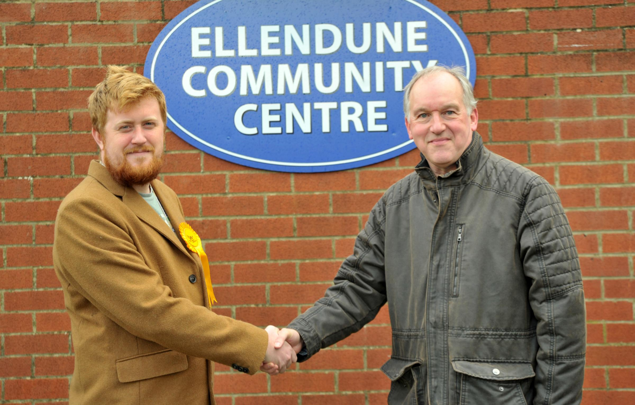Former Tory Swindon council leader backs Lid Dem candidate