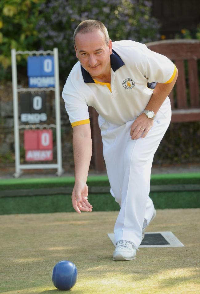 Pic By Dave Cox National singles  & 2 wood bowls at Westlecot bowls club. Pic - Mike Jackson Date 14/7/13