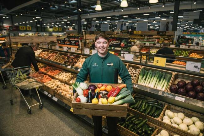 Morrisons will scrap plastic packaging on some fruit and veg