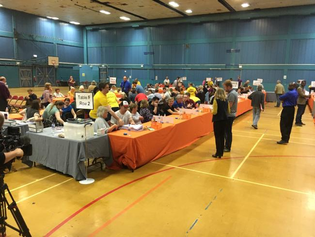 Counting of European election ballot papers underway at Swindon's Oasis Leisure Centre