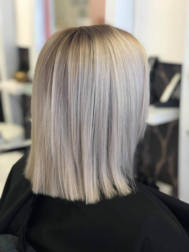 Amazing work from the girls at Platinum hair salon! My favourite place to get my hair done. The girls are soo welcoming, always offered a hot drink of your choice, or cold if you wish. Friendly chat with any of the girls, not just hair dressers, therapists too.